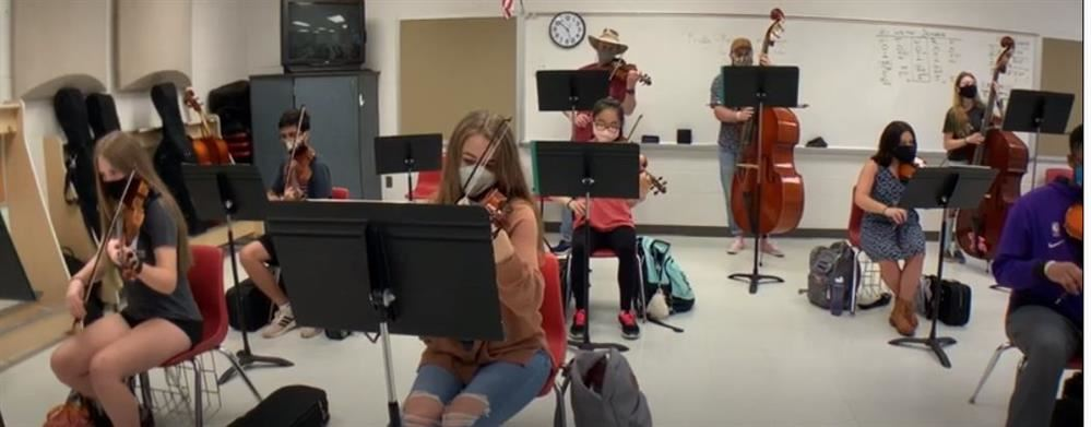 Picture of students playing instruments